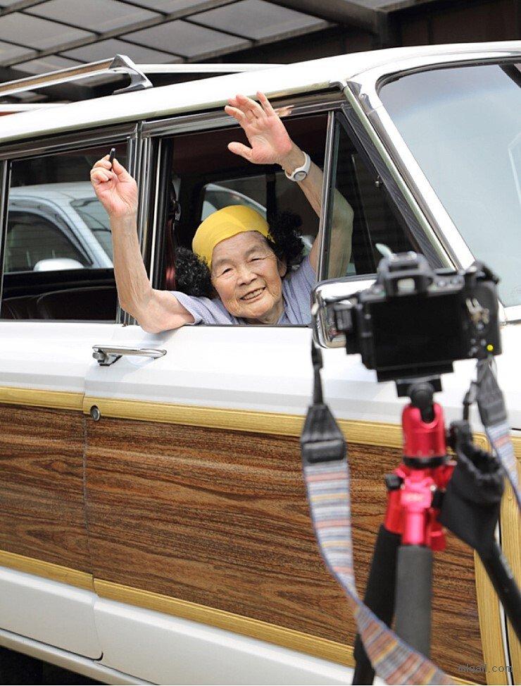 Internet_20200920_081840_16.jpeg 일본 SNS에서 유명한 할머니.jpg