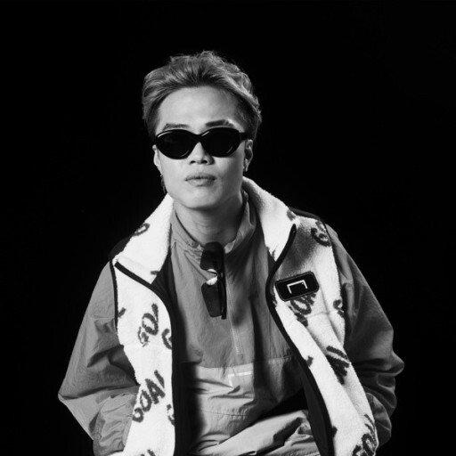 """다운로드 (8).jpg ??? : """"에효 우리나라 래퍼들 쇼미 없으면 해외에서 아는사람 아무도없어 ㅋㅋ"""""""
