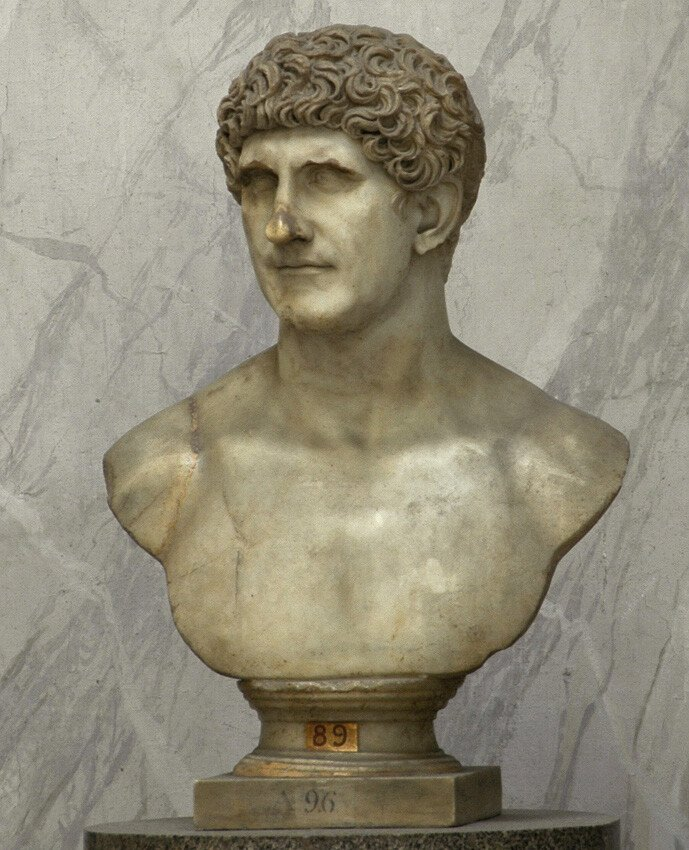 Marcus_Antonius_marble_bust_in_the_Vatican_Museums.jpg 카이사르, 안토니우스 실제얼굴
