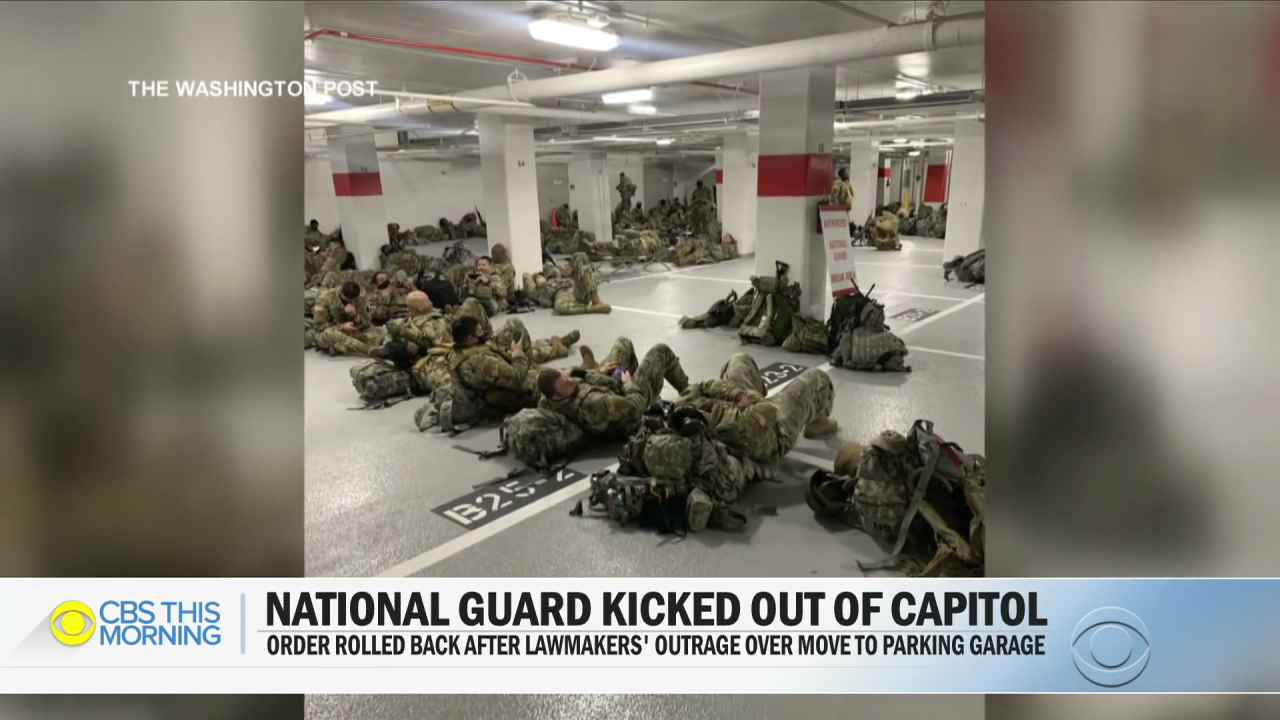 Lawmakers outraged after National Guard moved to parking garage.mp4_000059058.png 바이든 취임식이 끝나자 주차장으로 쫓겨난 미군들