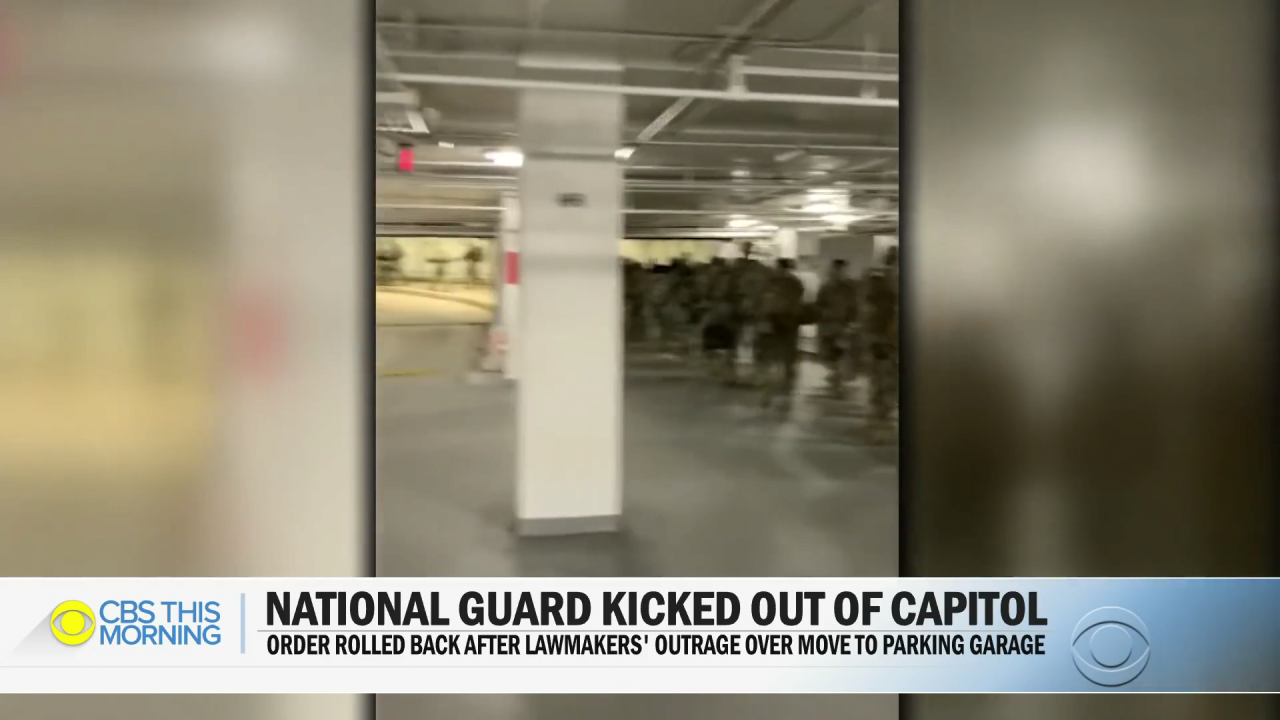 Lawmakers outraged after National Guard moved to parking garage.mp4_000031498.png 바이든 취임식이 끝나자 주차장으로 쫓겨난 미군들