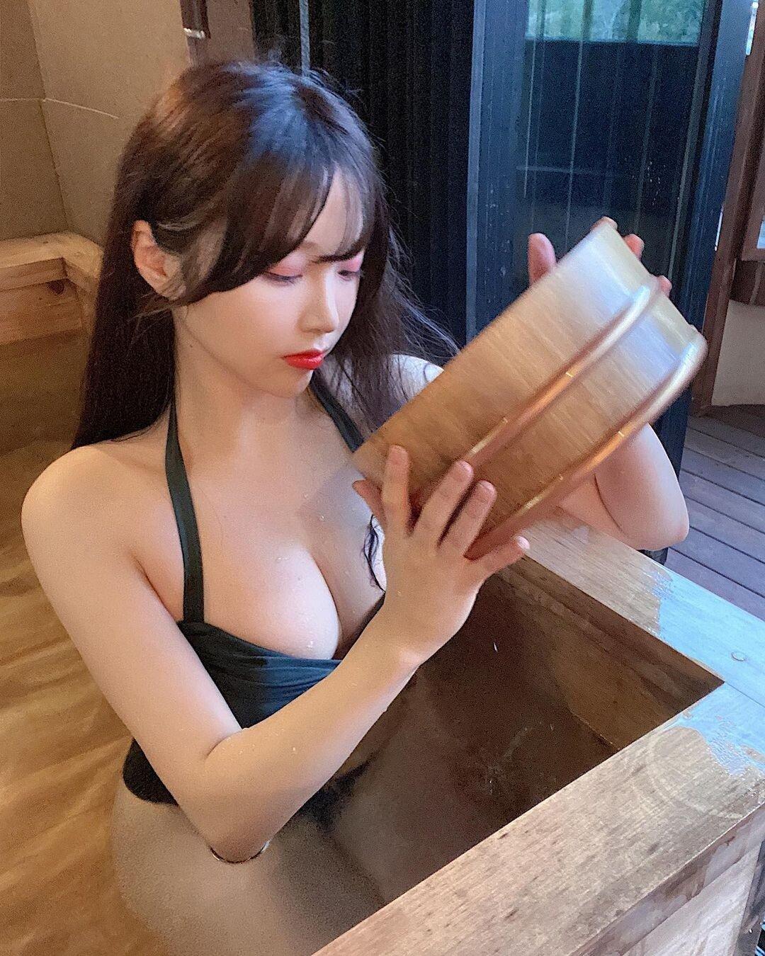 """코코 인스타 업로드 """"매운맛 몇단계야?"""""""