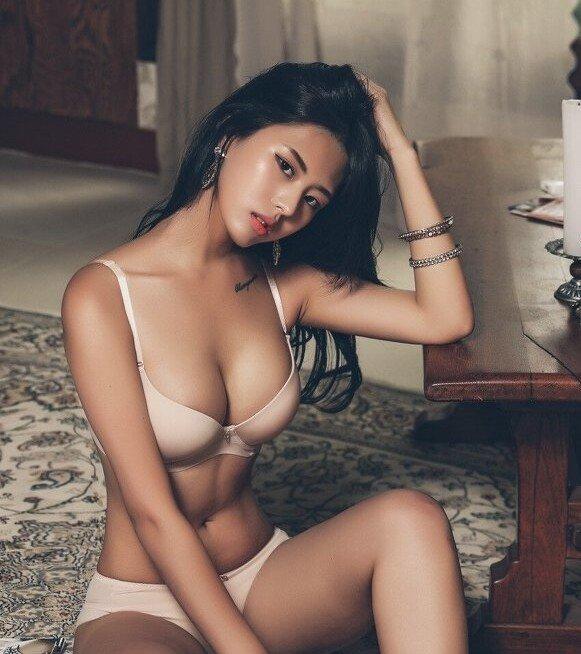 다운로드.jpg ㅇㅎ) 한국 女카레이서 몸매 피지컬