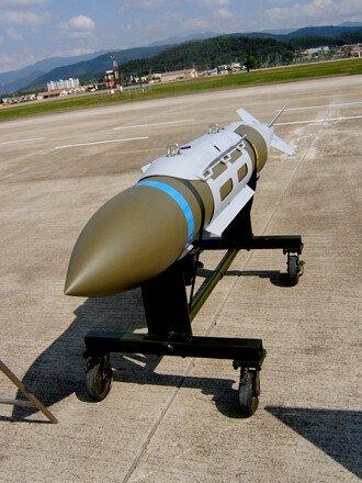 1788c9fe4ec4addf8.jpg 미국의 중국 대사관 폭격 사건