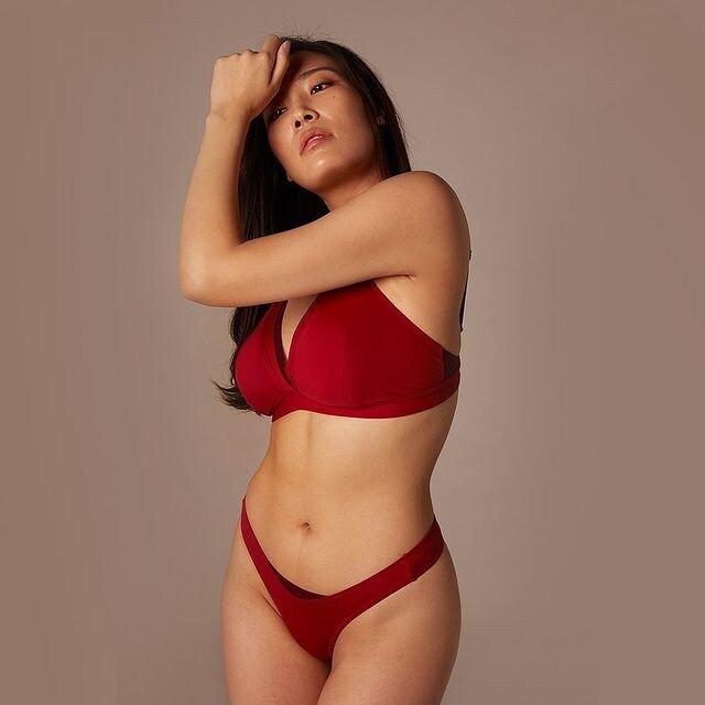 120402632_912430329165288_1907891282040904135_n.jpg ㅇㅎ) 국내 빅사이즈 女속옷모델 피지컬