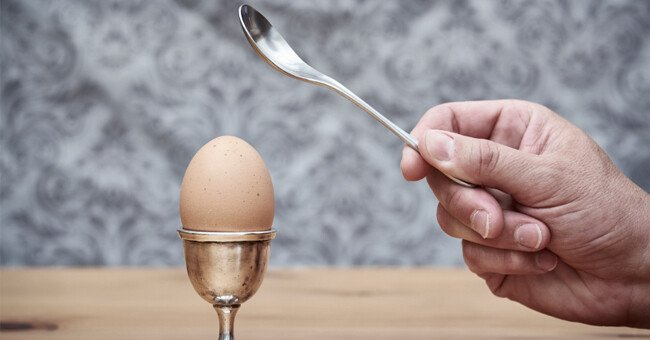 hard-boiled-egg.jpg 서양에서 삶은계란을 먹는 법
