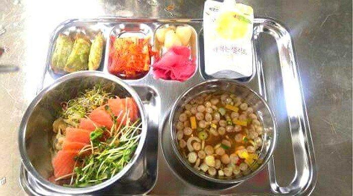 1.jpg 육군과 똑같은 식비를 쓰는 의경 식단