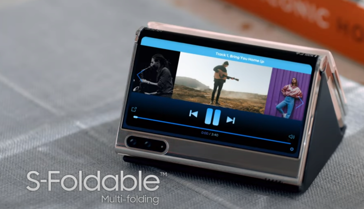 image.png 오늘 공개된 삼성 디스플레이 영상 요약 (롤러블, 더블 폴딩, UPC, 폴더블 OLED 노트북)