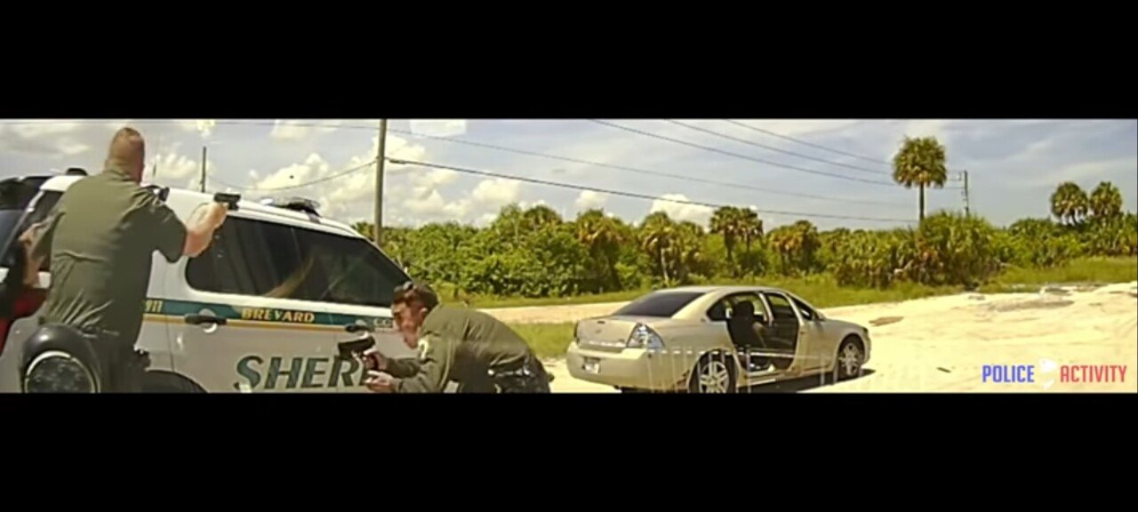 Screenshot_20210912-181115_YouTube.jpg 약혐?)얼마전 있었던 미국 보안관이 총격당한 미친 사건