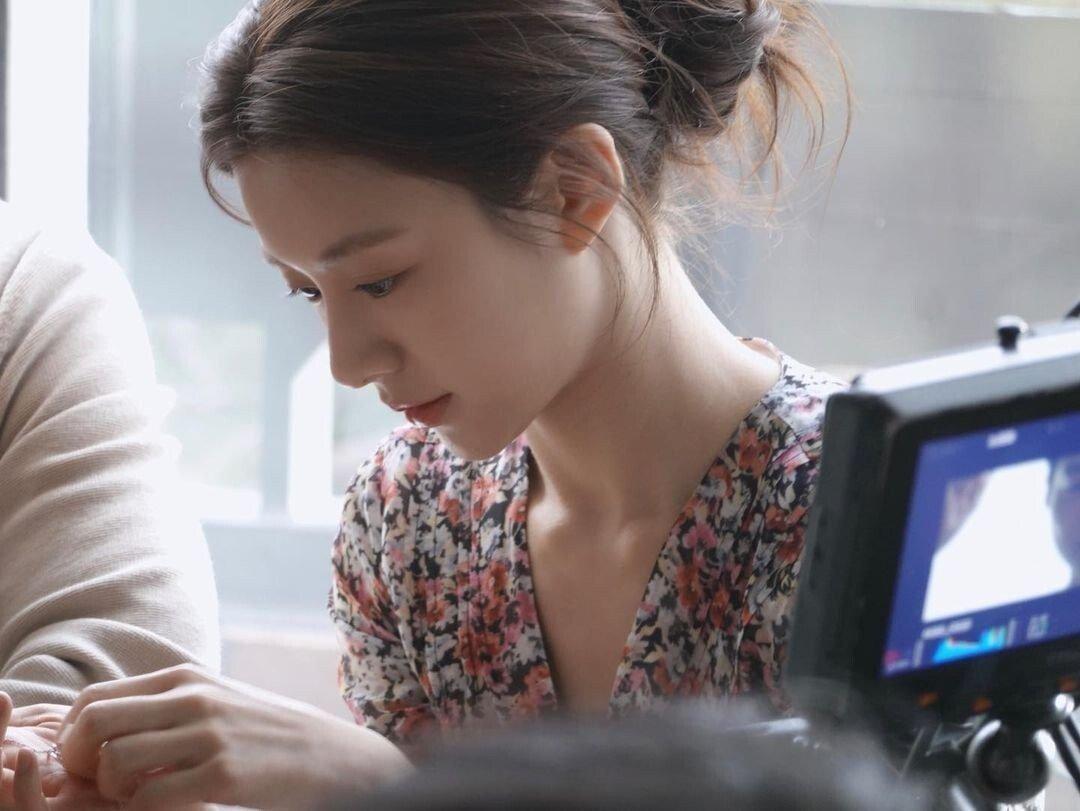 35.png.ren.jpg 최근 신인 여배우들중 가장 정석미녀 스타일 같은 배우.jpg