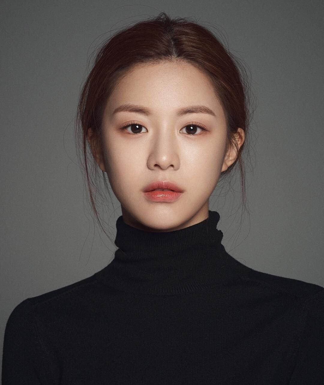 1.jpg 최근 신인 여배우들중 가장 정석미녀 스타일 같은 배우.jpg