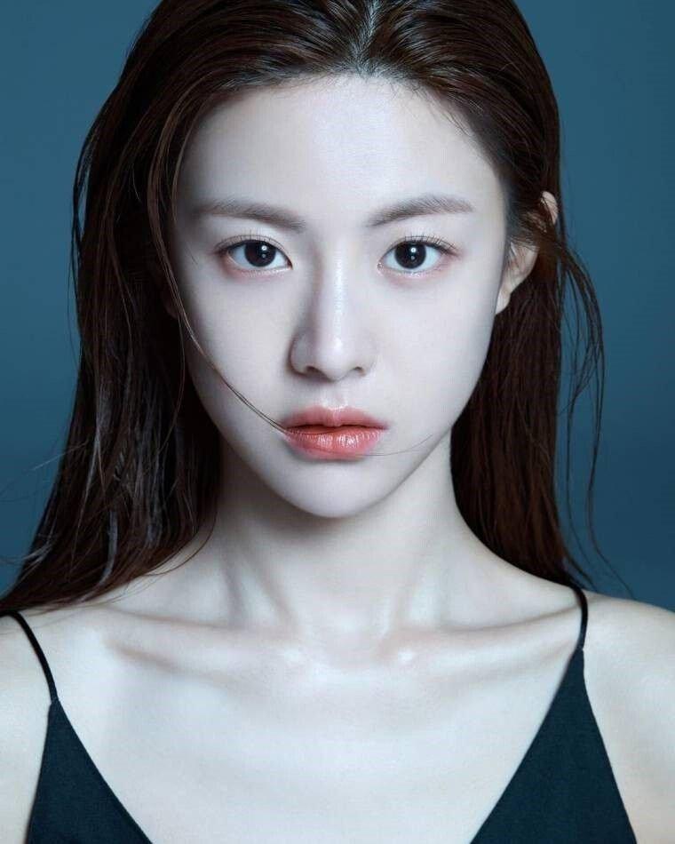 2.jpg 최근 신인 여배우들중 가장 정석미녀 스타일 같은 배우.jpg