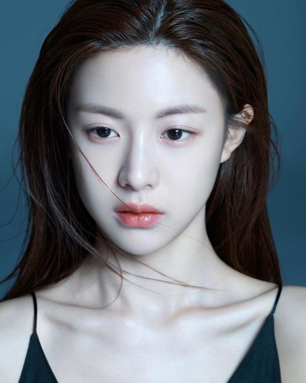 3.jpg 최근 신인 여배우들중 가장 정석미녀 스타일 같은 배우.jpg