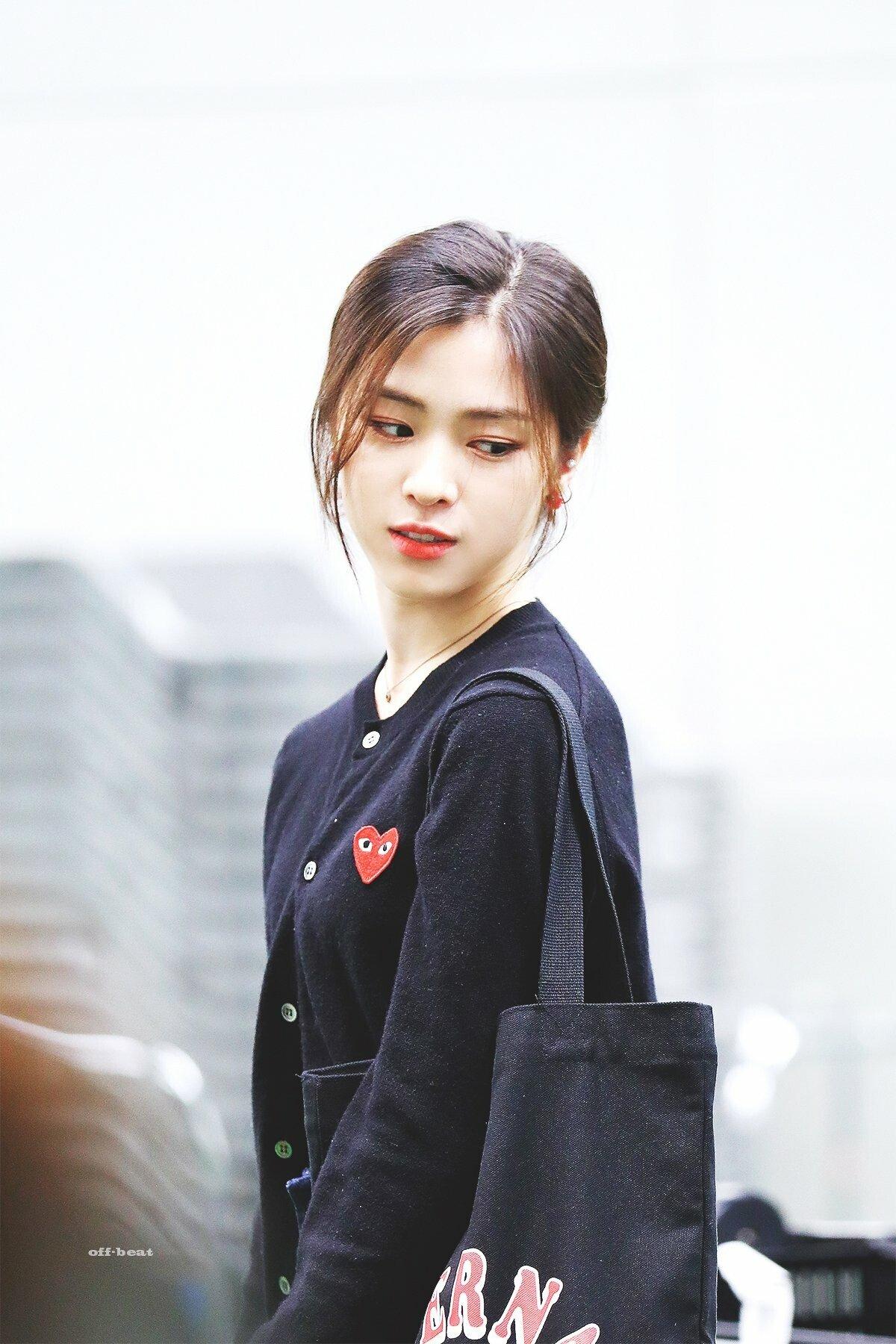'Cô nàng đẹp trai' nhất KPOP chẳng phải chính là Ryu Jin (ITZY) hay sao?