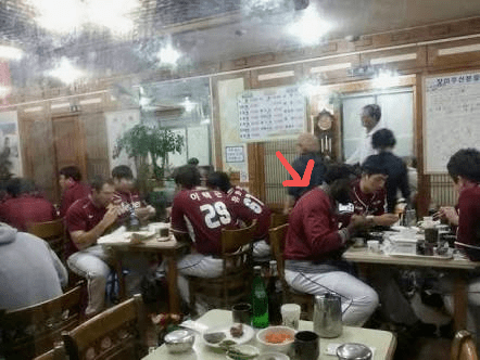 182E5F16-481E-4EAC-9125-20715692FA1C.png 한국 음식이 입맛에 안맞았던 외국인 선수를 위한 배려