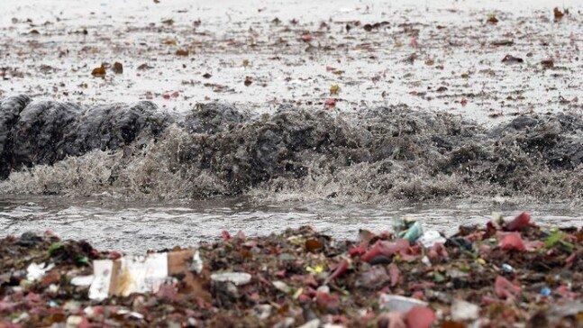 1.jpg 오늘자 부산 광안리 해수욕장 태풍 피해 사진