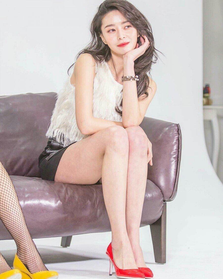 배우 권나라